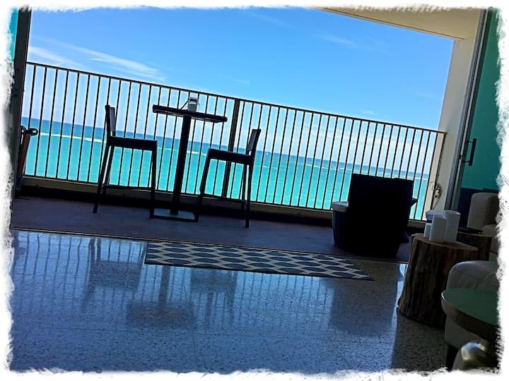 Amazing Ocean Views with Balcony