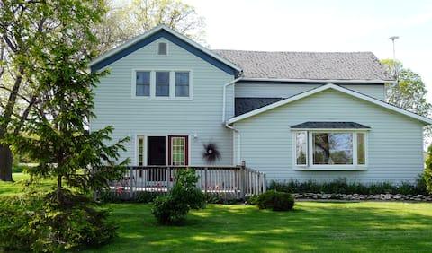 HomeWard House Island Retreat