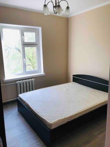Сдаётся 3-х комнатная квартира в центре города