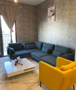 2 bed room Apartment with 2 bathroom furniture