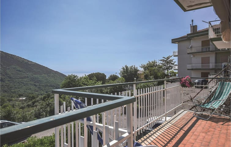 Holiday apartment with 2 bedrooms on 100m² in Capaccio (SA)
