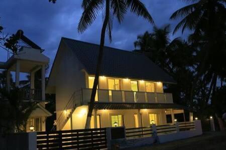 Casabella Beach House - Ház