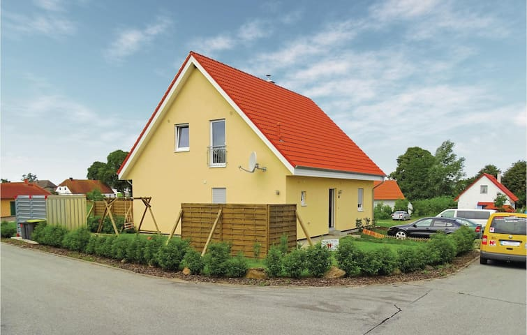 Holiday apartment with 2 bedrooms on 80m² in Boiensdorf