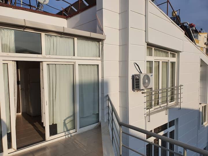 2+1 Penthouse Near Konyaaltı Beach