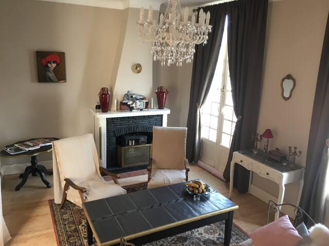 Maison Raphaël Kafka Suite Jersey