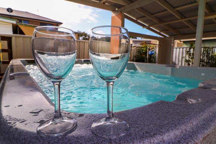 Interlude at Belmont -with Swim Spa  & WiFi