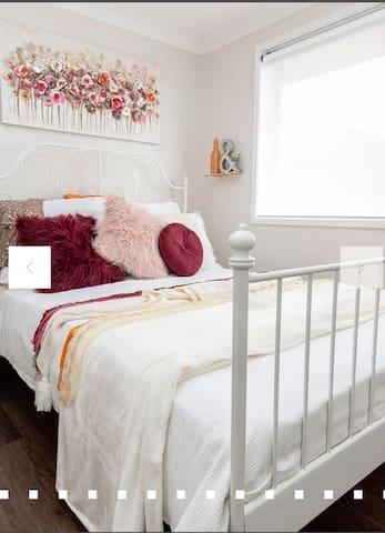 Designer bedroom with Queen Bed