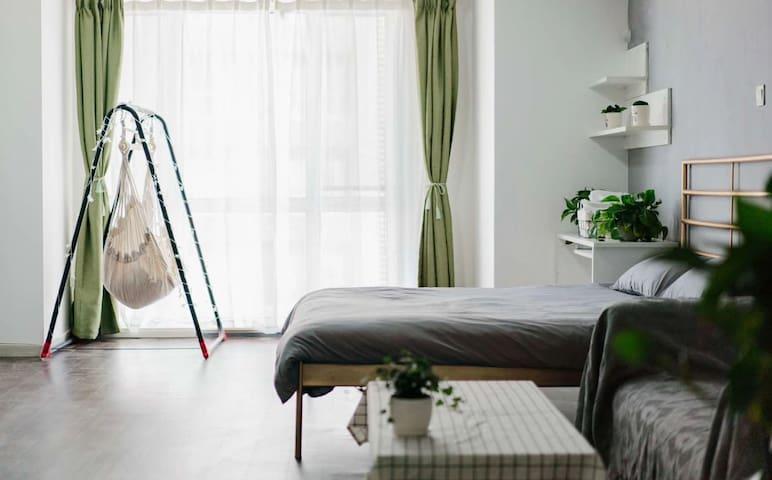 朴宿.望海温馨北欧大床房一居室公寓