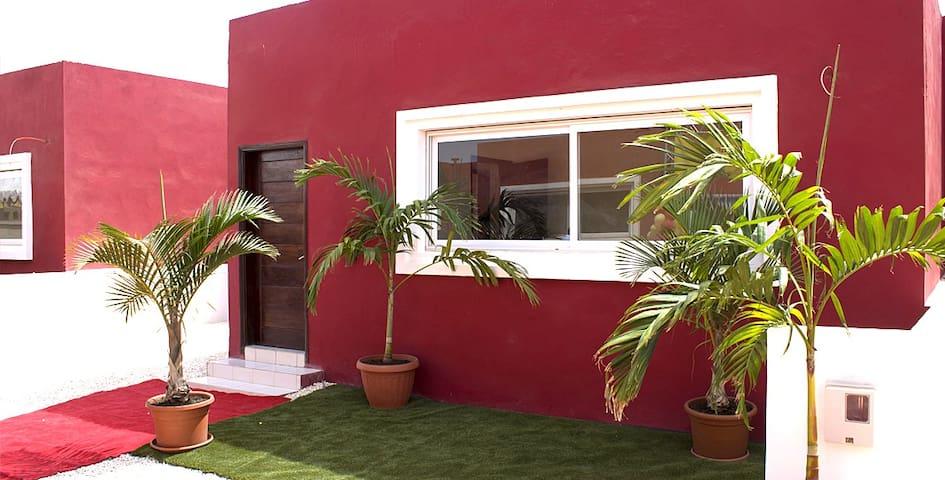 Villa Acajou à la Cité des Akys Bambilor - Dakar - Hus