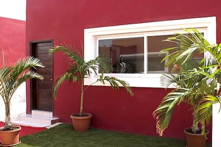 Villa Acajou à la Cité des Akys Bambilor - Dakar - Rumah