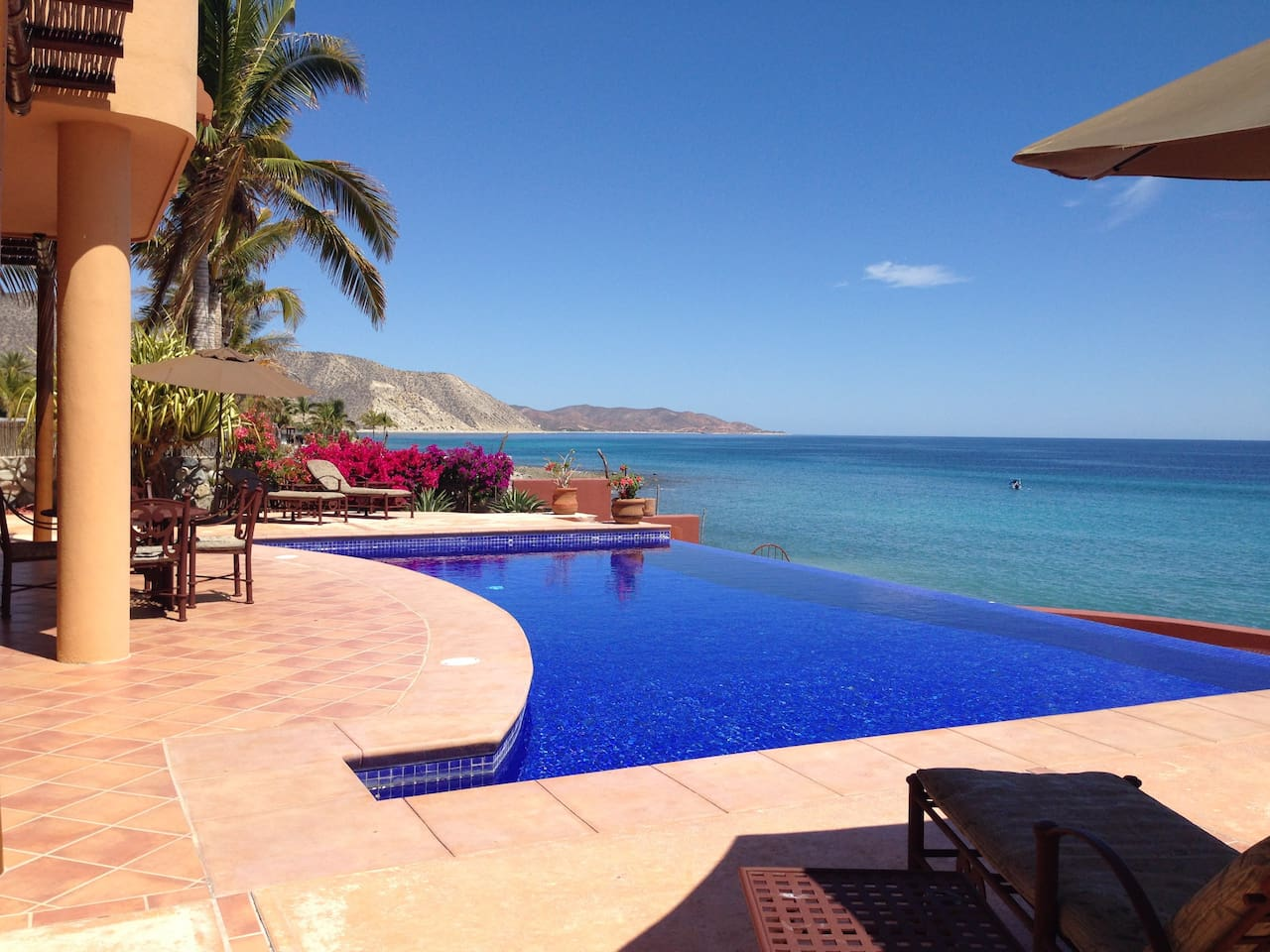 Infinity edge pool looking over the Seat of Cortez