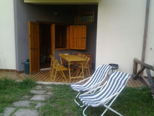 Appartamento rustico di montagna in residence.