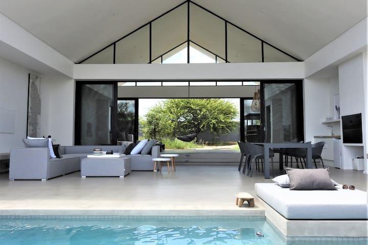 Kingfisher River Lodge in Mjejane, Kruger Park