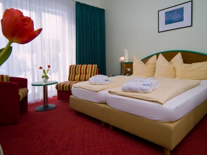 AKZENT Hotel Zur Post (Bad Tabarz) - LOH05470, Doppelzimmer mit Du/WC, teilweise Balkon