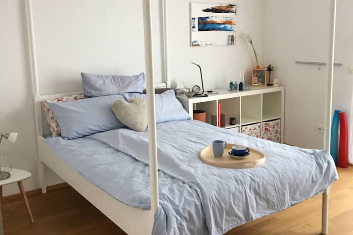 Nierstein: Zuhause an Weinbergen und Rhein