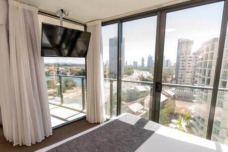 Rhapsody Resort - One Bedroom Apartment - Master Bedroom