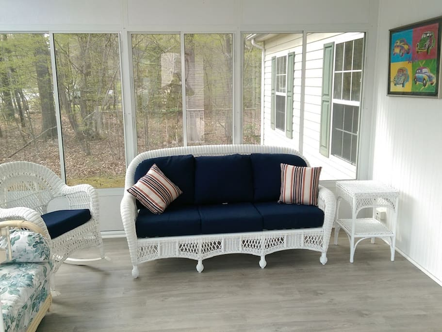 front porch, quiet space with view of ocean pkwy