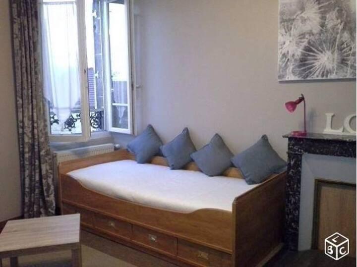 Beau Studio meublé  25 m² -Oise-60