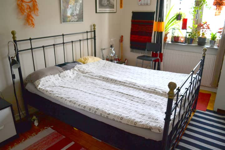 Room with double bed in Gothenburg