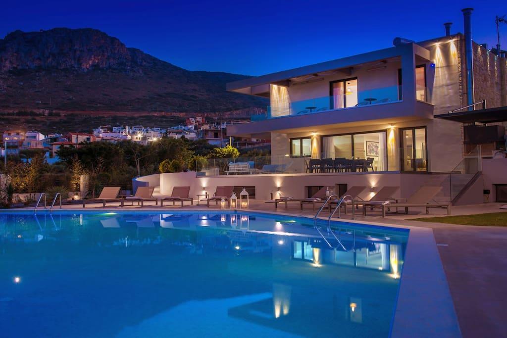 large pool and Orama villa