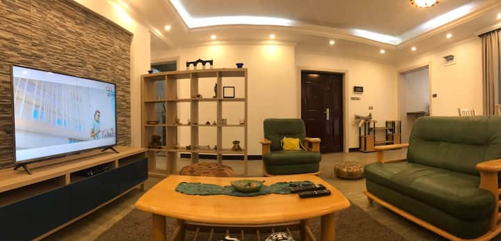 2 bedroom fully furnished luxurious appartment