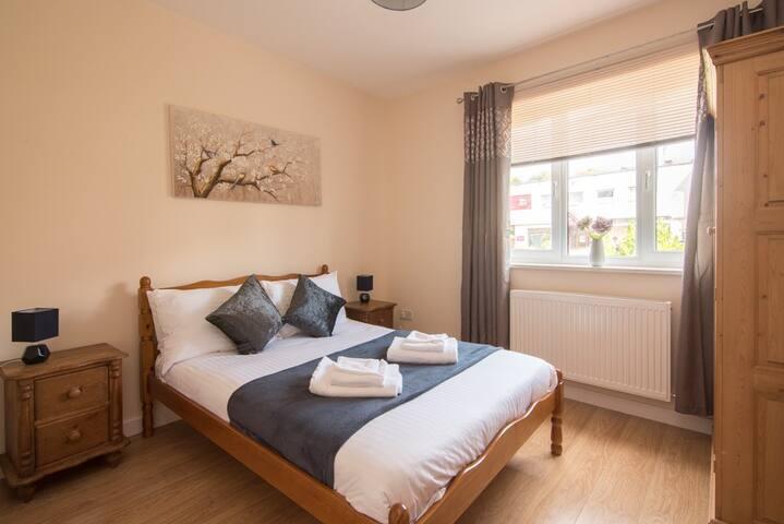 Sherwood Apartments, Luxury, 2 bedrooms, Parking