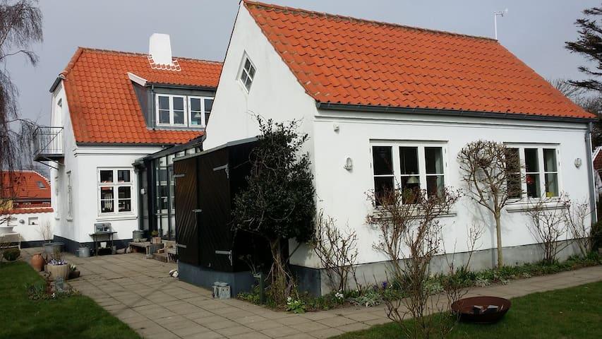 Skønt, stort og unikt hus i Østerby, Skagen. - Skagen - House