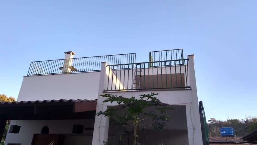 Casa Mendonça, suíte 02.
