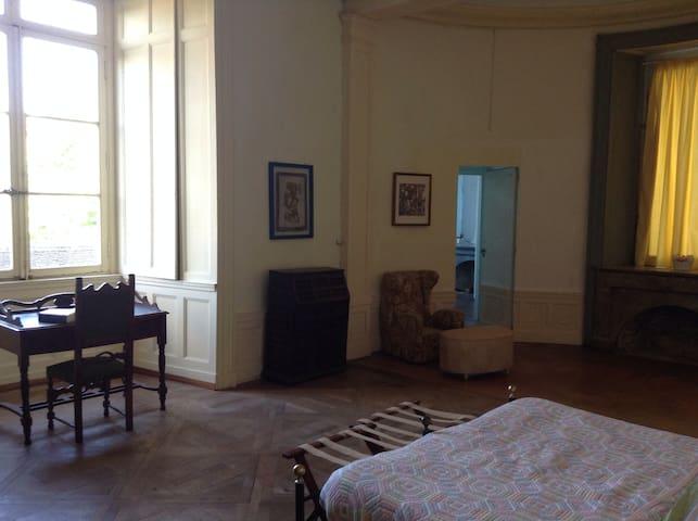B&B Le Chateau de Frasne - Stanza 3-4 - Frasne-le-Château - Bed & Breakfast