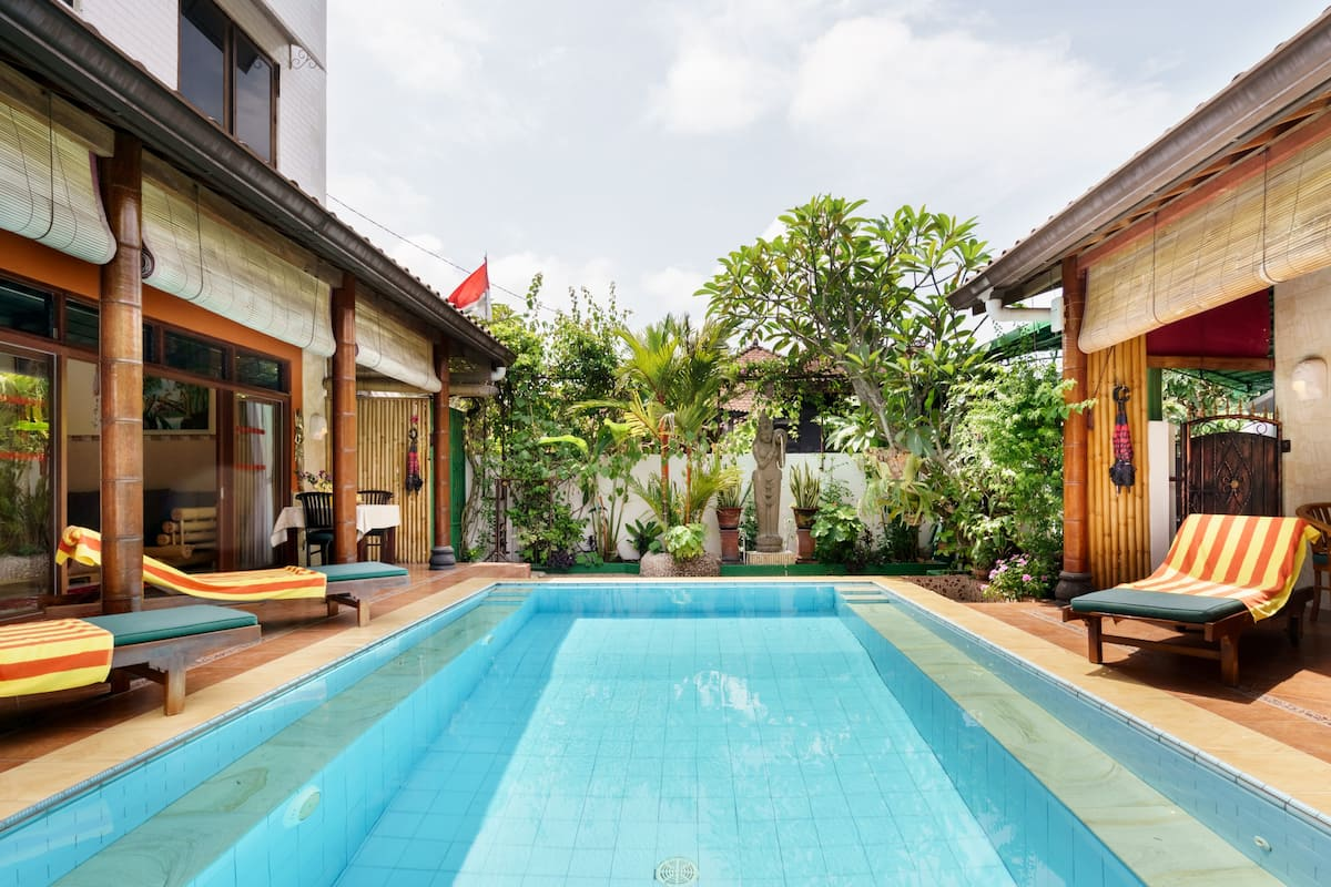 Tropical Oasis - Private Pool and Rooftop Terrace