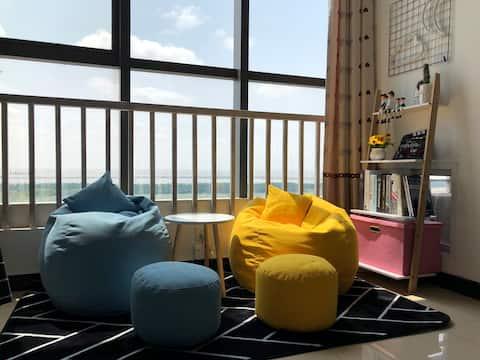 [可长租]金山嘴渔村金山城市沙滩双人海景房简约清新风