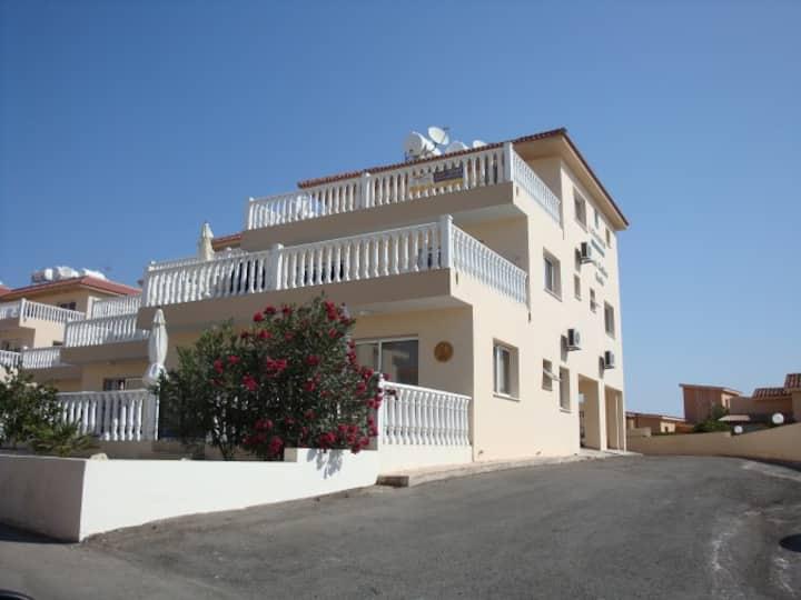 1 bedroom apartment near Nissi Beach