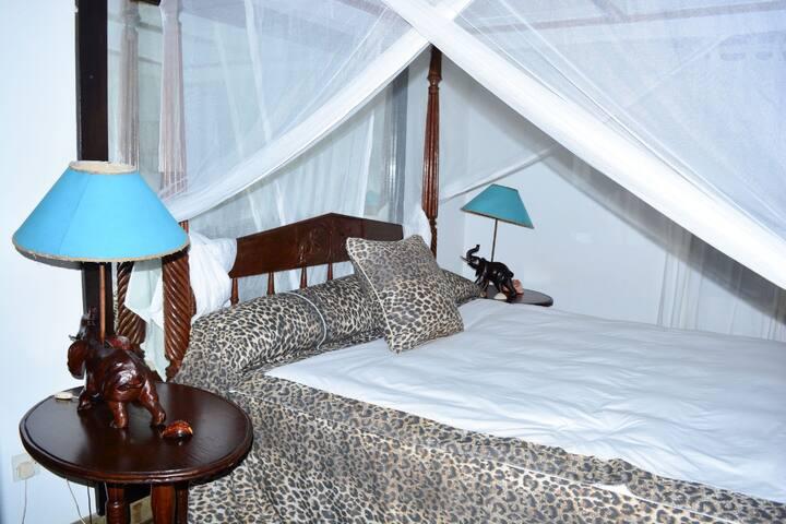 Azizi Villa. Bed and breakfast facility.