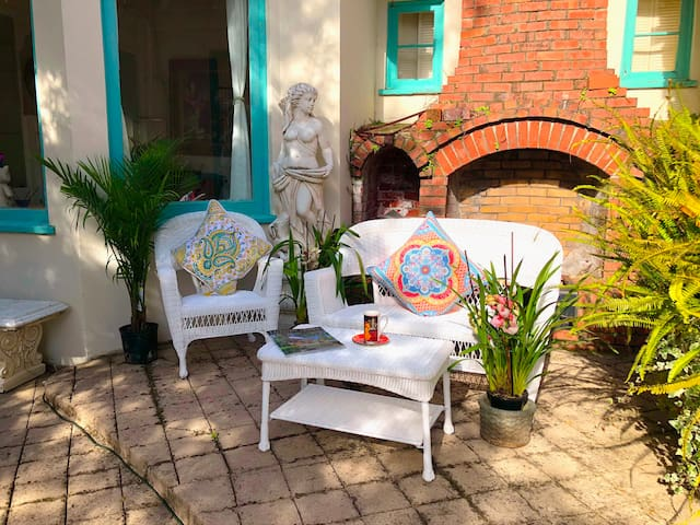 Charming Entire Los Gatos House Saratoga,Cupertino