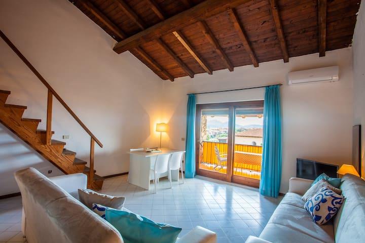 Castello House: sea view flat in Porto Rotondo