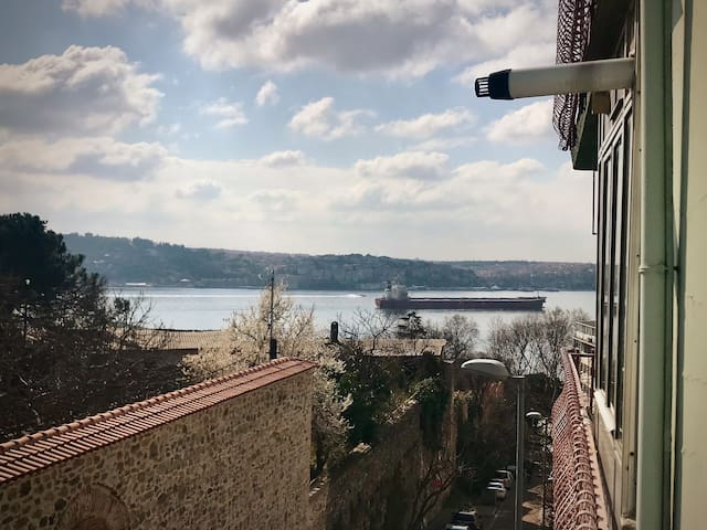 FULL HOME AVAILABLE IN A BOSPHORUS VIEW