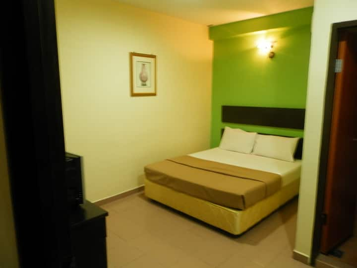 Standard Twin Room @ Ezzy In Hotel