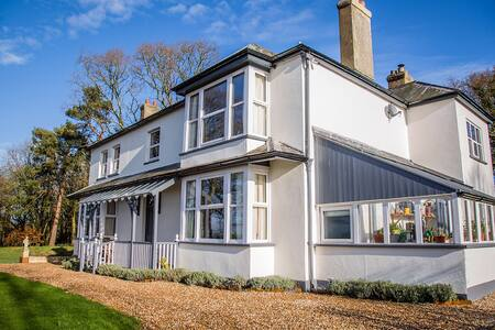 Stunning East Devon Family Home - sleeps up to 12. - Dalwood - Rumah