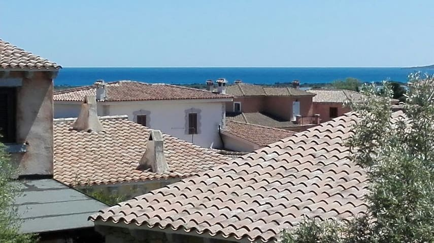 Lovely apartment just minutes from the sea