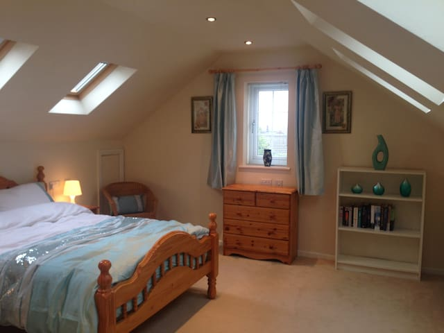Orchard House , large en suite bedroom - Somercotes - Hus