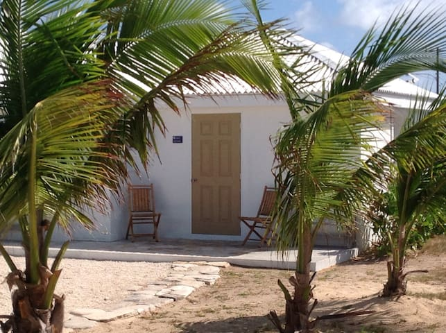Oceanfront Cottage - Seaside Cottages on Salt Cay