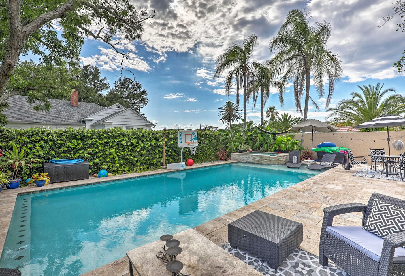 Dive into your next St. Augustine vacation at this studio!