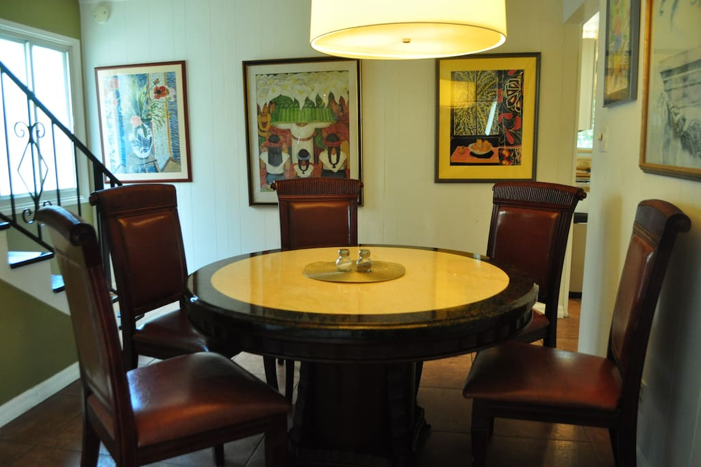 Dining room adjoining to office/auxiliary room.
