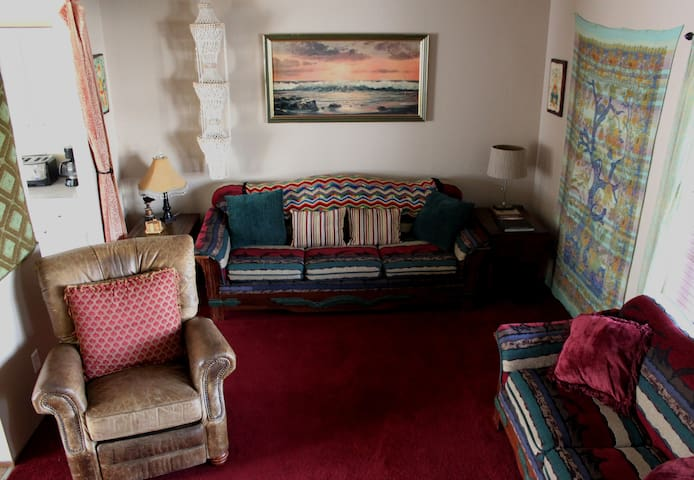 Comfortable and Eclectic Duplex! Close to town!