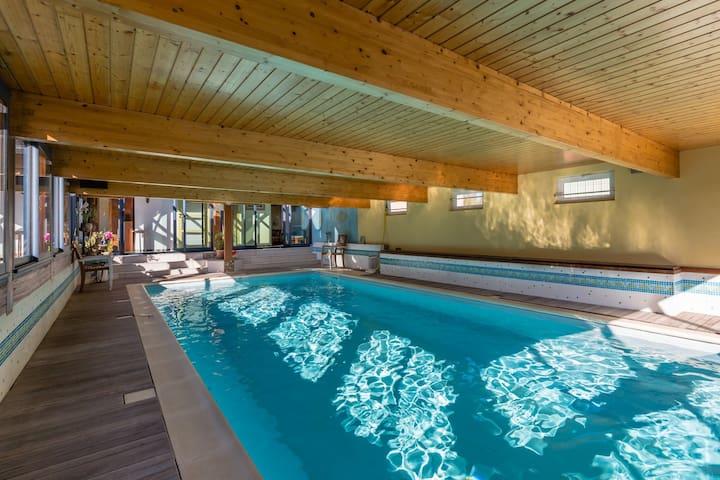 Maison 4* avec piscine intérieure chaufféee & hama - Saint-Coulomb