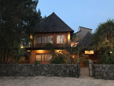 Semat Beach House - Jepara