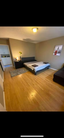 Located at the heart of Melrose  Spacious room