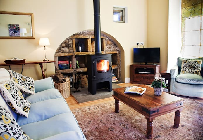 Secret Rural Gem nr St Andrews Golf - Fife - House