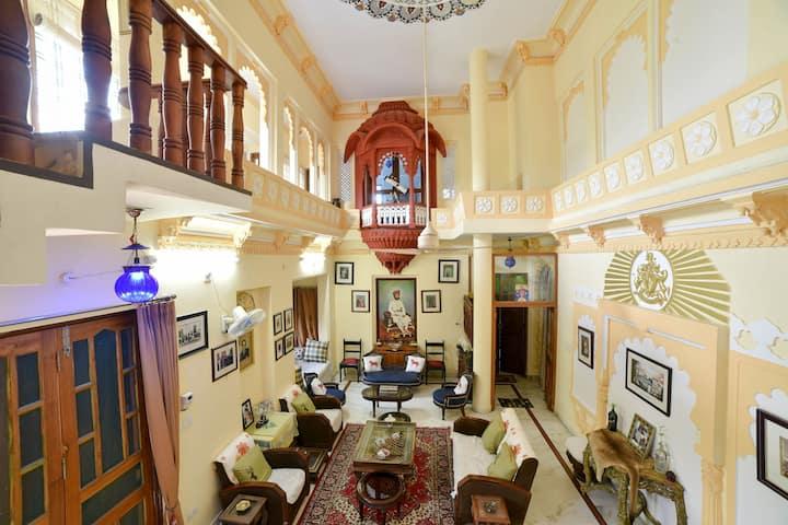 Bans Villa with warmth Hospitality