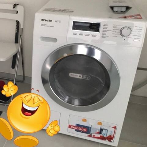 OMG-PRAGUE STUDIO-MIELE WASHER & DRYER !!!